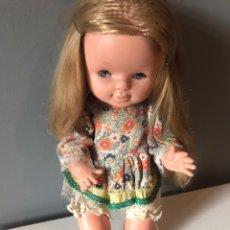 Otras Muñecas de Famosa: ANTIGUA MUÑECA ESPAÑOLA PEQUEÑA FAMOSA AÑOS 60 - 70. Lote 165253425
