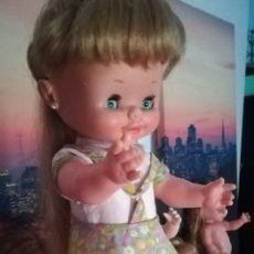 Otras Muñecas de Famosa: CAROLIN DE FAMOSA. Lote 165879562