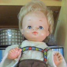 Otras Muñecas de Famosa: MUÑECO GODIN FAMOSA ROPA NO ORIGINAL . Lote 167964712