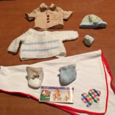 Otras Muñecas de Famosa: LOTE ROPA NENUCO, BABY MOCOSETE, VARIOS. Lote 168048304