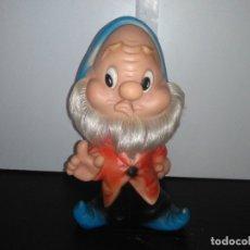 Otras Muñecas de Famosa: MUÑECO ENANITO DE FAMOSA FERRARIO BLANCANIEVES ENANITOS. Lote 168583600