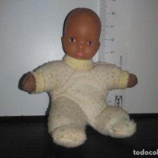 Otras Muñecas de Famosa: MUÑECO MUÑECA BEBE FAMOSA CUERPO BLANDITO. Lote 168944292