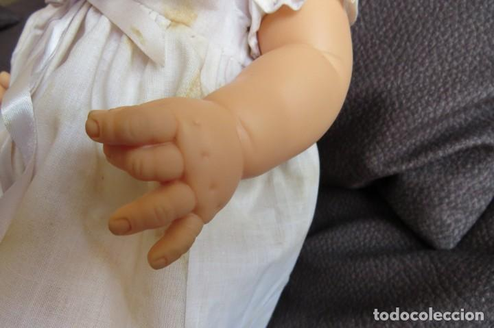 Otras Muñecas de Famosa: MUÑECA NINA CON SU PELUCA - FAMOSA - OJOS AZULES - VESTIDO Y ZAPATOS AZULES - TODO BLANDO - Foto 7 - 171241728