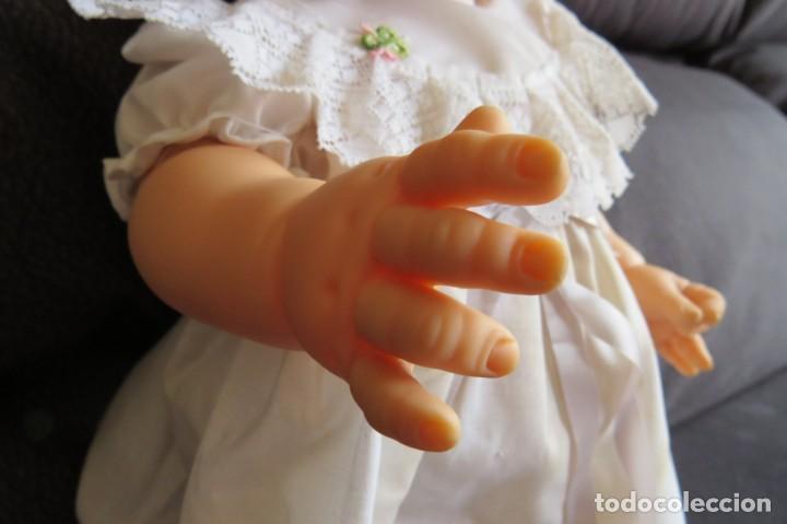 Otras Muñecas de Famosa: MUÑECA NINA CON SU PELUCA - FAMOSA - OJOS AZULES - VESTIDO Y ZAPATOS AZULES - TODO BLANDO - Foto 9 - 171241728