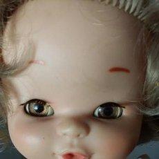 Otras Muñecas de Famosa: MUÑECA BEBÉ DE FAMOSA AÑOS 70/80. Lote 171824295