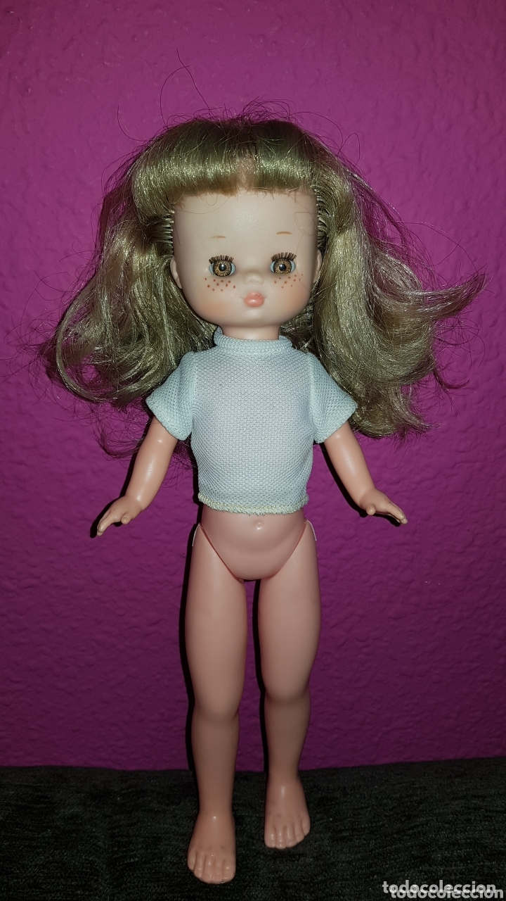 Otras Muñecas de Famosa: Lesly de Famosa ojos Arona en impecable estado Hermanita de Nancy - Foto 2 - 172380315
