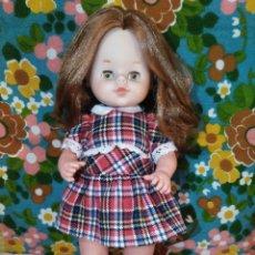 Otras Muñecas de Famosa: PRECIOSA MUÑECA DOLLY PELIRROJA DE FAMOSA,AÑOS 70. Lote 173094468