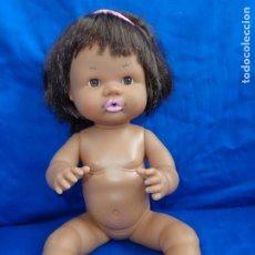 Otras Muñecas de Famosa: FAMOSA - BONITA MUÑECA NENUCA NEGRITA O NEGRA, EN LA NUCA FAMOSA T-2626-08 VER FOTOS ! SM. Lote 173160088