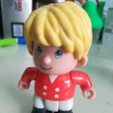 Otras Muñecas de Famosa: PINYPON FAMOSA 1999. Lote 174013220