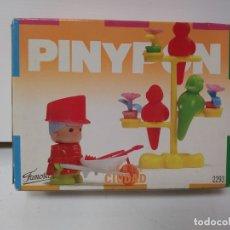 Otras Muñecas de Famosa: PINYPON SERIE CIUDAD 2293 FAMOSA. Lote 174098015