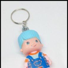 Otras Muñecas de Famosa: PINYPON PIN Y PON LLAVERO CHICO CHICA. Lote 177134090