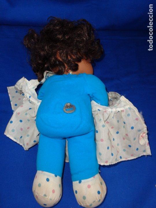 Otras Muñecas de Famosa: MIMITA - MUÑECA NEGRITA MIMi MIMOSA MUSICAL DE FAMOSA,FUNCIONANDO, OJOS IRIS MARGARITA MARRONES!SM - Foto 7 - 177202572