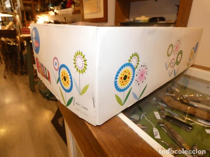 Otras Muñecas de Famosa: Muñeca Polilla de famosa, en caja original y sin uso, conserva cinta que sujeta los ojos. 35 cms. - Foto 9 - 177310777