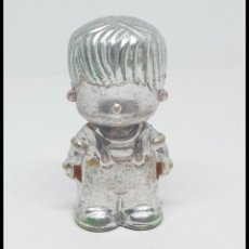 Otras Muñecas de Famosa: PIN Y PON PINYPON FAMOSA CHICO PLATA PLATEADO. Lote 177637775