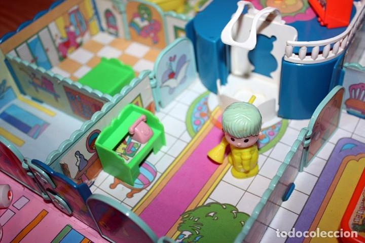 Otras Muñecas de Famosa: CASA MALETÍN DE PIN Y PON DE FAMOSA - MODELO AZUL - 2212 - MUY COMPLETO - BUEN ESTADO - DIFICIL - Foto 11 - 177835233