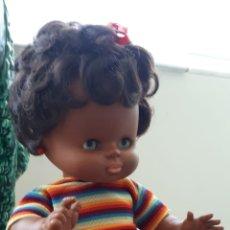 Otras Muñecas de Famosa: MUÑECA NEGRA NEGRITA FAMOSA. Lote 178224581
