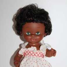 Otras Muñecas de Famosa: MUÑECA CURRINA NEGRA DE FAMOSA - AÑOS 70. Lote 179181025