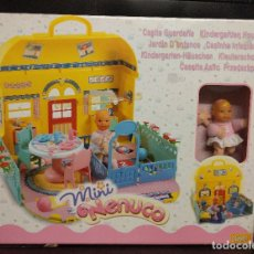 Otras Muñecas de Famosa: CASITA MINI NENUCO DE FAMOSA AÑO 2002. Lote 182418375