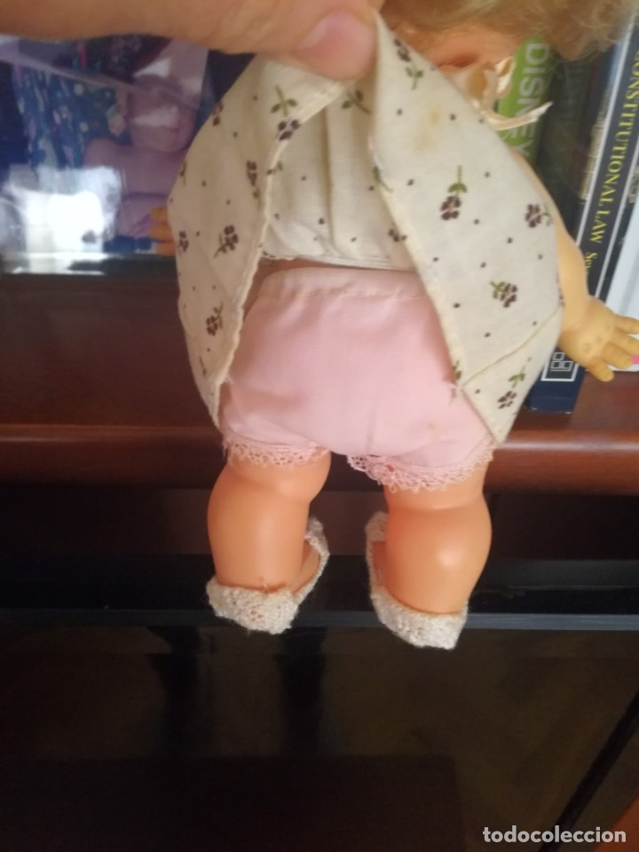 Otras Muñecas de Famosa: Muñeca pupitas FAMOSA con vestido minilacitos jesmar y lazo rojo 1960. - Foto 4 - 182866653