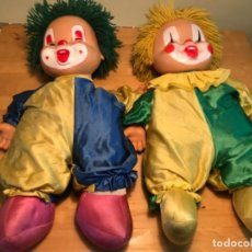 Otras Muñecas de Famosa: LOTE DOS MUÑECAS PAYASO CHOCHONA 50 CM PELO LANA MUÑECA CHOCHONA PAYASO 1980 . Lote 183996466