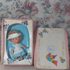 Otras Muñecas de Famosa: MUÑECA CUCA INFERMERA DE FAMOSA CON CAJA OJOS MARGARITA AÑOS 70 NUNCA SACADA. Lote 191970511