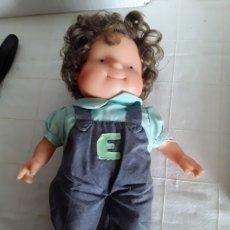 Otras Muñecas de Famosa: MUÑECA ELENA DE LAS 3 MELLIZAS GRANDE FAMOSA. Lote 193809613