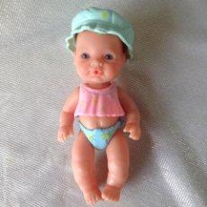 Otras Muñecas de Famosa: MINI NENUCO NIÑA AÑOS 90. Lote 193962133