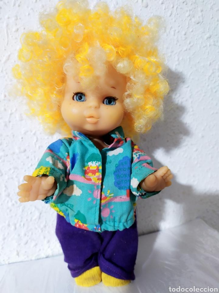 Otras Muñecas de Famosa: muñeco may pelo rizado amarillo muy dificil - Foto 2 - 194236731