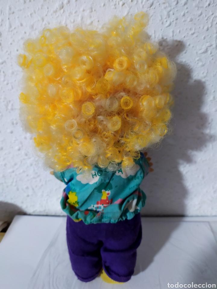 Otras Muñecas de Famosa: muñeco may pelo rizado amarillo muy dificil - Foto 4 - 194236731
