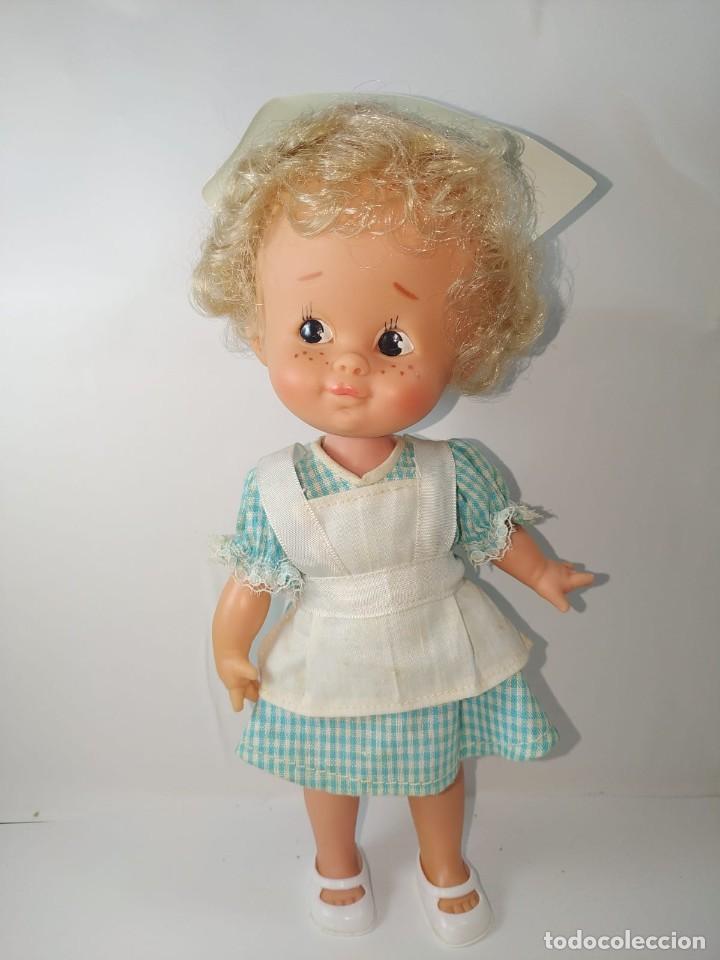 Otras Muñecas de Famosa: CUCA ENFERMERA DE FAMOSA DIFICIL AÑOS 70 PELO RIZADO CORTO ORIGEN EN CAJA SIN USO - Foto 2 - 194252508