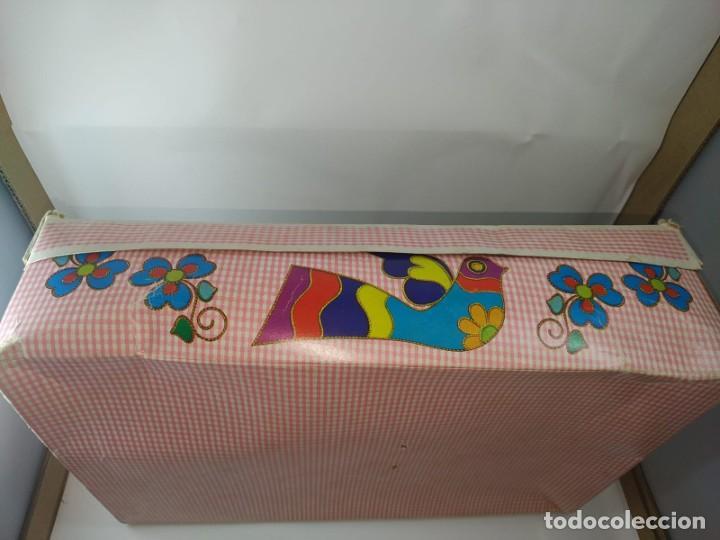 Otras Muñecas de Famosa: CUCA ENFERMERA DE FAMOSA DIFICIL AÑOS 70 PELO RIZADO CORTO ORIGEN EN CAJA SIN USO - Foto 7 - 194252508