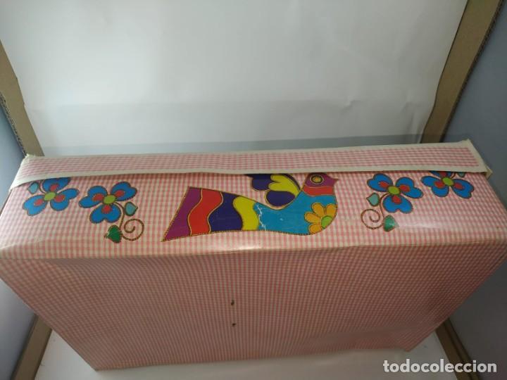 Otras Muñecas de Famosa: CUCA ENFERMERA DE FAMOSA DIFICIL AÑOS 70 PELO RIZADO CORTO ORIGEN EN CAJA SIN USO - Foto 8 - 194252508