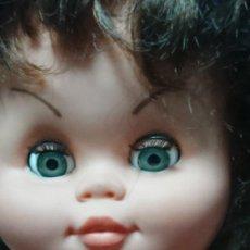 Otras Muñecas de Famosa: ANTIGUA Y GRACIOSA MUÑECA GRANDE 66 CM. Lote 194608402