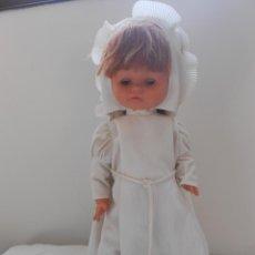 Otras Muñecas de Famosa: MUÑECA FAMOSA SPAIN PELIRROJA DE COMUNION. TUNICA . Lote 194705052