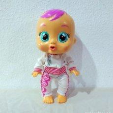 Otras Muñecas de Famosa: MUÑECO INTERACTIVO *** RIE Y LLORA *** FUNCIONANDO 30 CM. Lote 194938562