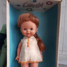 Otras Muñecas de Famosa: PRECIOSA MUÑECA CAROLIN, EN SU CAJA ORIGINAL. Lote 194947072