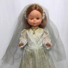 Otras Muñecas de Famosa: MUÑECA VIOLETA FAMOSA AÑOS 70. Lote 195186041