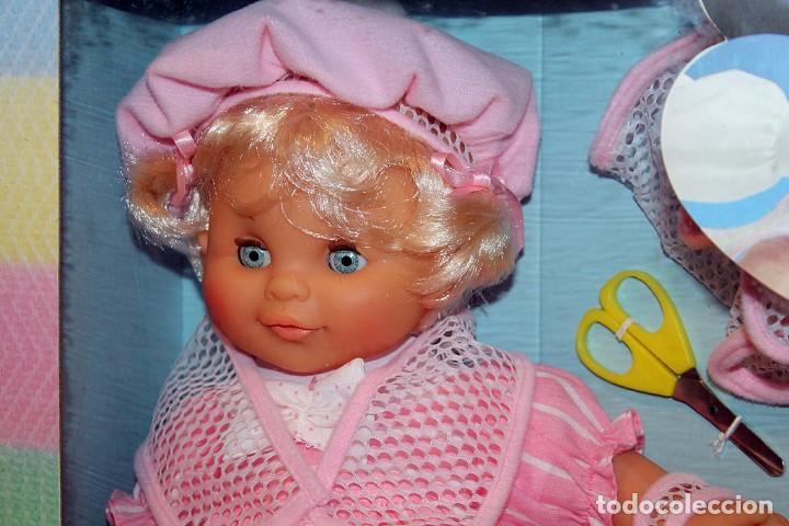 Otras Muñecas de Famosa: ANTIGUA MUÑECA BEBE TRICOT, DE FAMOSA - AÑO 1989 - NUEVA Y EN SU CAJA ORIGINAL - Foto 2 - 195321861