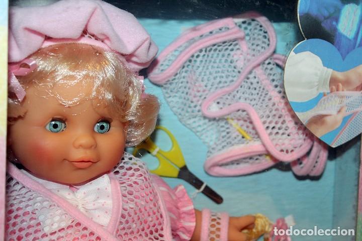 Otras Muñecas de Famosa: ANTIGUA MUÑECA BEBE TRICOT, DE FAMOSA - AÑO 1989 - NUEVA Y EN SU CAJA ORIGINAL - Foto 9 - 195321861