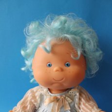 Otras Muñecas de Famosa: MUÑECA POLILLA AZUL - FAMOSA - AÑOS 80. Lote 195344210
