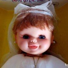 Otras Muñecas de Famosa: FOTOS COMPLEMENTARIAS MUÑECA PRIMERA COMUNIÓN FAMOSA CAROLIN NO COMPRAR !!!. Lote 195388545