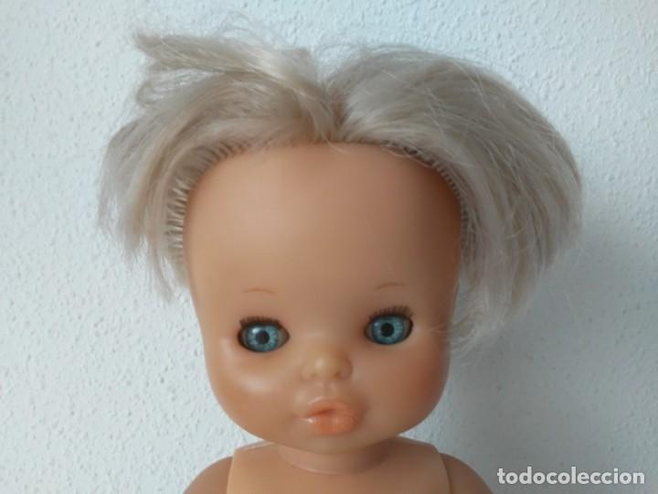 Otras Muñecas de Famosa: Muñeca de Famosa ojos durmientes muslos gorditos con carita similar a la de Lesly - Foto 2 - 195483210
