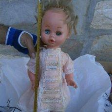 Otras Muñecas de Famosa: MUÑECA AÑOS 70 80. Lote 196801893