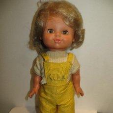 Outras Bonecas da Famosa: MUÑECA KIKA DE FAMOSA OJOS MARGARITA DURMIENTES BUEN ESTADO,FUNCIONA,BARATA. Lote 198141178