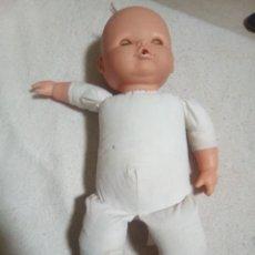 Otras Muñecas de Famosa: MUÑECA FAMOSA. Lote 199247328