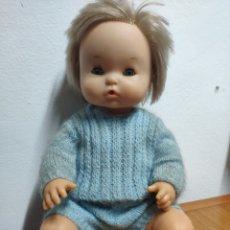 Otras Muñecas de Famosa: MUÑECO NENUCO AÑOS 70 TRAJE DE GANCHILLO. Lote 199848402