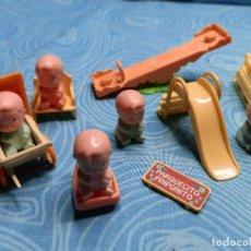 Otras Muñecas de Famosa: LOTE COMPLEMENTOS PINYPON, PINIPONITO. Lote 204992338
