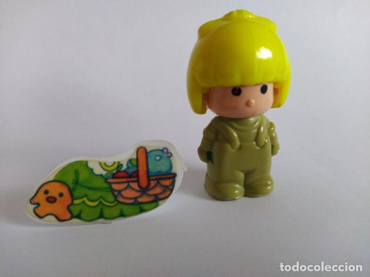 Otras Muñecas de Famosa: Pinypon muñeca con accesorio de ropa con cesta y muñecos. PinyPon antiguo vintage de los 80 Famosa - Foto 2 - 205599810