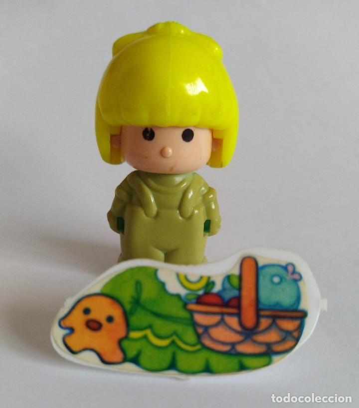 Otras Muñecas de Famosa: Pinypon muñeca con accesorio de ropa con cesta y muñecos. PinyPon antiguo vintage de los 80 Famosa - Foto 3 - 205599810
