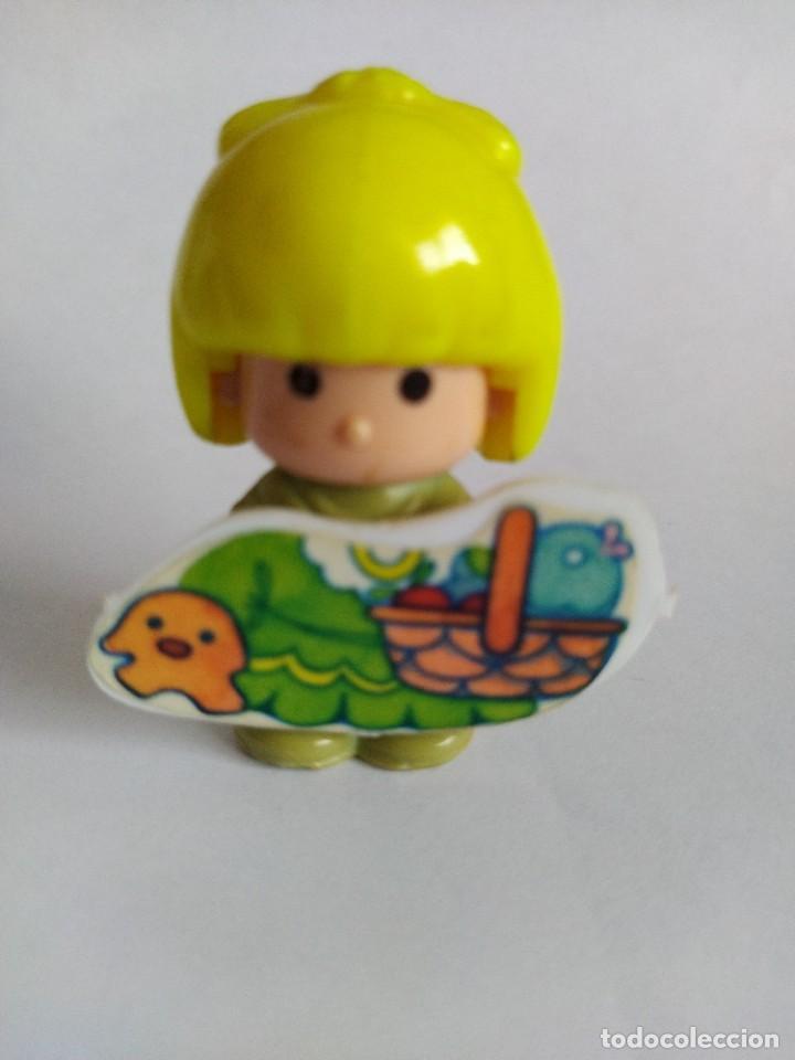 Otras Muñecas de Famosa: Pinypon muñeca con accesorio de ropa con cesta y muñecos. PinyPon antiguo vintage de los 80 Famosa - Foto 5 - 205599810